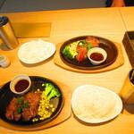 Shiroganekohiten - 2人のモーニングセット 道産牛フィレ150gのステーキ 1650円(税込)【2019年12月】