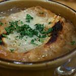 ラ ペッシュ - オニオングラタンスープ