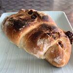優しいかおりのパン家さん - BIGリ!レーズンロール♪ ¥240(税込)