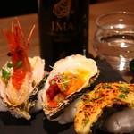 S Spiral - 牡蠣のグリルと日本酒