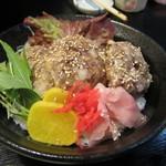 地魚寿司 中乃見家 - 三楽流丼