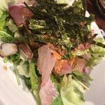 うお左衛門 - 海鮮サラダ