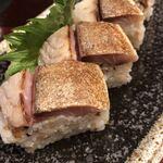 うお左衛門 - サバ寿司