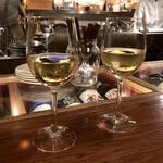 永福町 ichi - まずは白ワイン(ニュージーランドのソーヴィニオンブラン)でスタート
