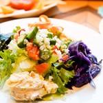 いろいろお野菜のサラダ(税抜)