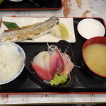 タカマル鮮魚店 - 焼魚セット1000円(税別)