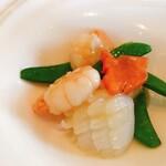121515698 - イカと野菜の炒め