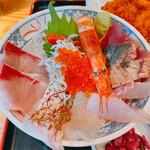 漁師めし食堂 - 漁師の丼定食