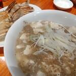 I Love Gyoza アキバの竜王 - 麻婆豆腐は山椒のやつ!