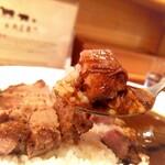 食堂 肉左衛門 - 美味しそうなカレー