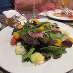 Arancino di Mare - 先ずはサラダを皆でシェア、ペッパーの効いたサラダです。
