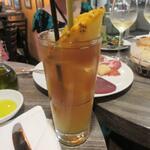 Arancino di Mare - 飲み物はハワイの定番、プランテーションンティ。