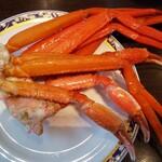 121535668 - 美味しそうに茹で上がった蟹