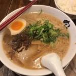 熟成細麺 宝屋 - 料理写真: