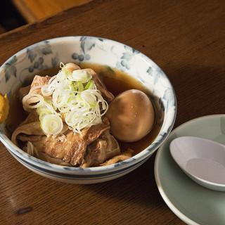 43年間、変わらない出汁で提供し続ける肉豆腐はこだわりの逸品