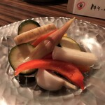 ワイン食堂 イタダキヤ - 野菜のピクルス