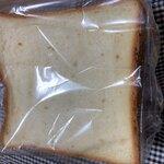 アンジェリーナ - 食パン 半斤¥160