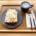 イッチ カワラ コーヒー ラボ - 今回食べた物角度違い写真