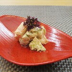 御料理 ひさまつ - 料理写真:先付・自家製豆腐の白酢和え:柿、銀杏、むかご、ロマネスク の 白酢和えに紫蘇の芽がトッピングされています。濃厚でクリーミーなお味が良いですネ!     2019.12.08