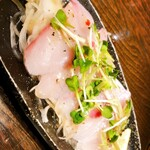 魚大将 うまかっぺや - 料理写真:寒ブリのカルパッチョ