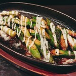 鳥王 - アスパラマヨチーズ焼 480円 時期的にメキシコかどっかかな?でも美味しい。