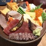 すし 笑魚亭 - ちらし寿司