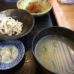 白木屋早田 - 小鉢類とお味噌汁