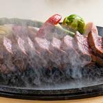 やっぱり肉が好き - USA最高グレードプライム 炎のリブロースステーキ_湯気
