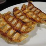 初代 哲麺 - 餃子