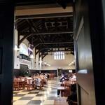 立教大学 第一食堂 - 店内様子。