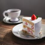アムヌウ - 料理写真:苺のショートケーキ☆