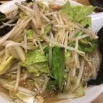 椿ラーメンショップ - 野菜たっぷりラーメン 790円