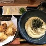 讃岐麺屋 あうん - ぶっかけうどん(冷)+とり天