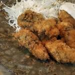 なかむら - 今シーズン初の牡蠣。フライ。旨い。