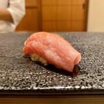 寿司 赤坂 - 大とろ