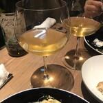 オステリア トーノ - ペアリング2はオレンジワイン。