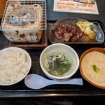 121703831 - 牛タン焼き定食