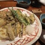 東京 土山人 - 野菜天盛り合せ 1,900円