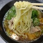 121711599 - 麺リフト