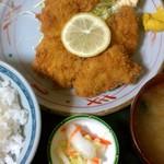 三松会館 - 一口カツ(680円)