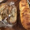 イロハパン プラス オヤツ - 料理写真:フロマージュとガーリックラスク
