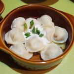 スカズカ - ペルメニ(1050円・外税) ロシア風水餃子