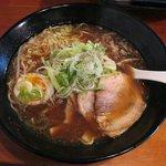 モーモーとんちゃん - 醤油ラーメン(税込:688円)