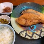 大洗町漁協 かあちゃんの店 - ブリカマ定食  カマ大きくてトロトロ