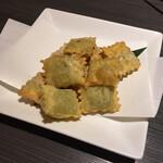 和風創作料理ダイニング 颯々 - ラビオリフライのペッパーチーズ。コレはまぁ普通ですね。