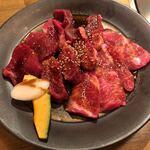 美食焼肉トラジ 葉菜 -