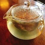Cafe ポカラ - レモングラスティー:500円