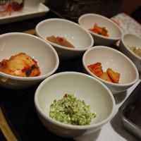 女子だらけの韓国料理人気店(やすべいさん)-でりかおんどる 新大久保2号店