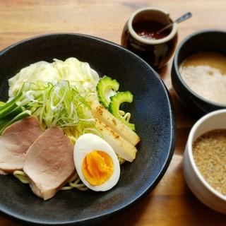 【ランチ】石垣島ここだけの味!八重山そばもぜひ!