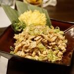 銀座 秋田県産比内地鶏専門店 美郷錦 - さっぱり地鶏の鶏皮ポン酢